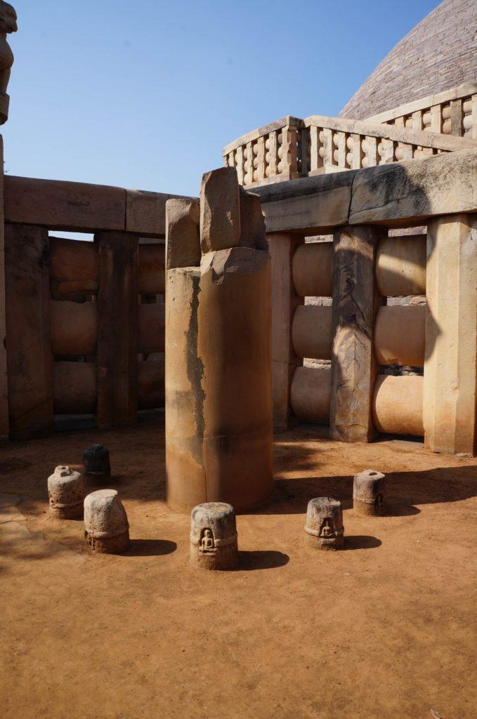 サーンチーアショカ王の石柱