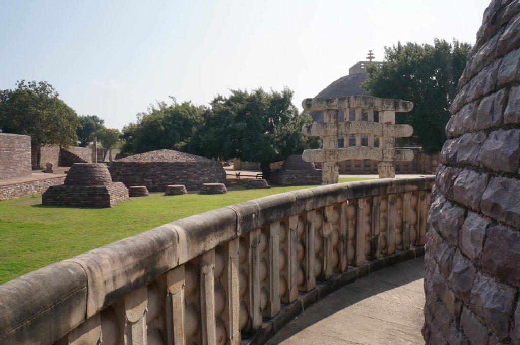サーンチー第3塔 ストゥーパ サーリプッタとモッガラーナの墓3