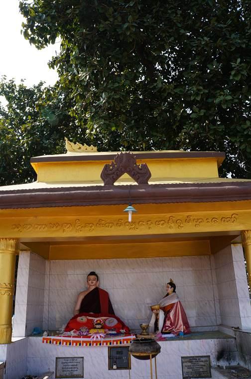 スジャータ寺院3